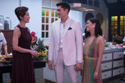 'Crazy Rich Asians' review: Crazy-big-deal movie serves feast for eyes, emotions