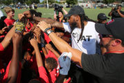 Mark Barron holds free football camp for Mobile youngsters
