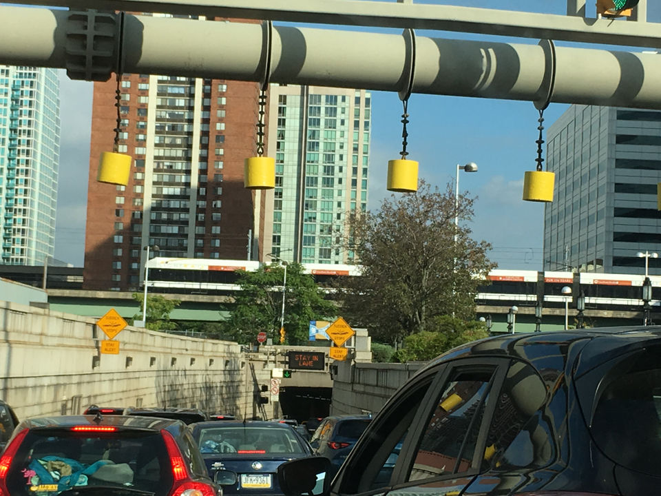 This is how they free up the Lincoln Tunnel when a vehicle