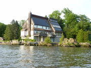 Check out this $2.9M fort-like home on the Hudson River in Upstate NY (photos)