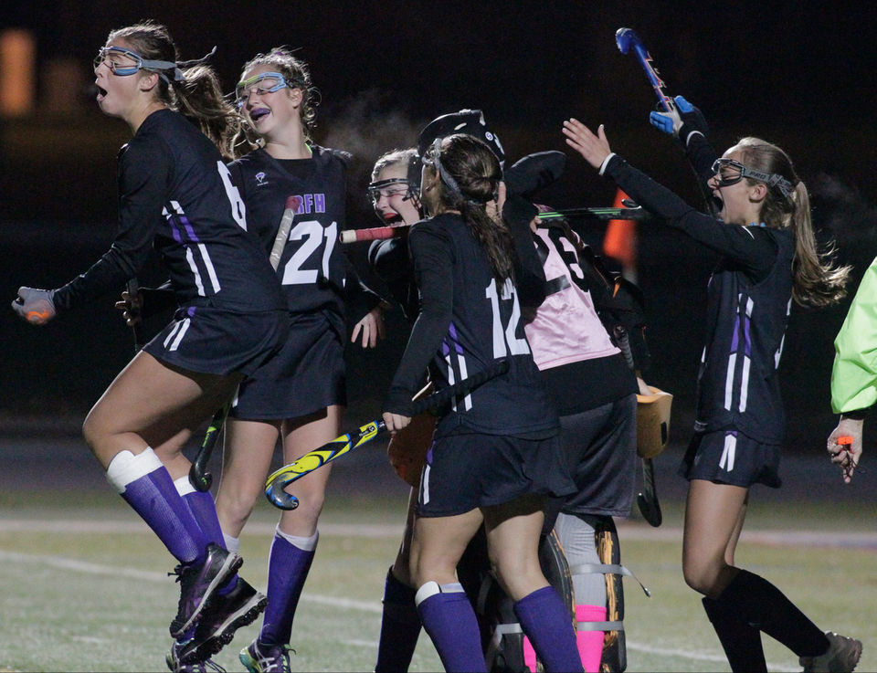 e1978a185 Field Hockey  Goalkeepers steal the show in Rumson-Fair Haven s penalty  stroke win over West Essex - NJ.com