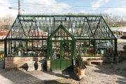 New Forest Park garden shop doubles as community hub