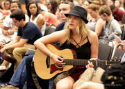 'American Idol' audition brings hopefuls to convention center