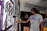 LSU basketball team gets 'beautiful' portraits in new team lounge