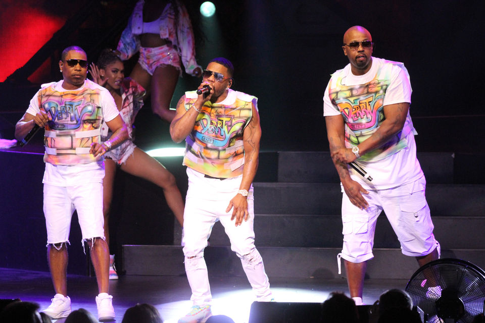 Nelly, TLC and Flo Rida throw things back at Blossom concert (photos)