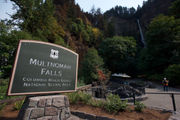 What popular destinations are open in the Columbia gorge 1 year after Eagle Creek fire?