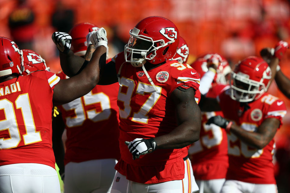 2 free agents the Cleveland Browns could sign for defensive tackle depth