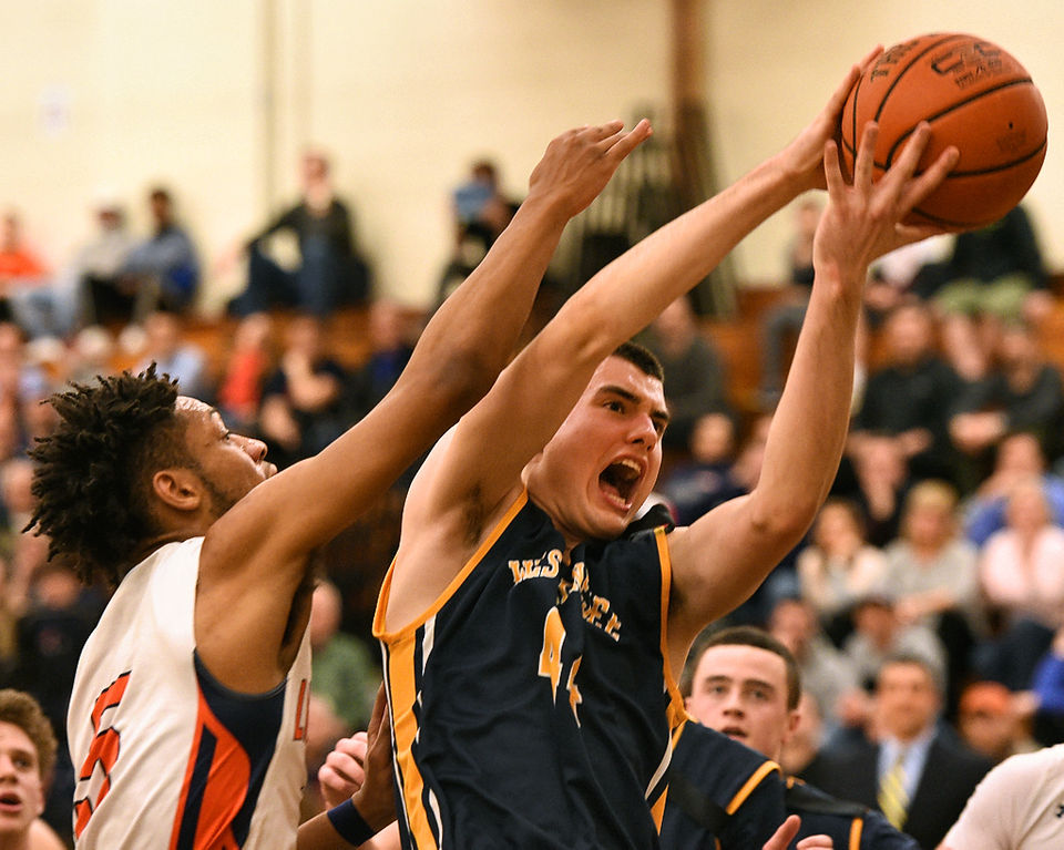 Central new york high school boys basketball syracuse liverpool gets 21st straight win semifinals rematch with ludden boys basketball fandeluxe Image collections
