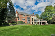 Sold! 6-bedroom, 5-bathroom home in Franklin Lakes for $1.5M