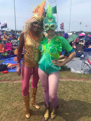 New Orleans Jazz Fest goers' eclectic fashion, style snazz up second Friday