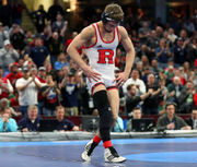 Rutgers' Nick Suriano defeated by Iowa's Spencer Lee in 2018 NCAA wrestling final
