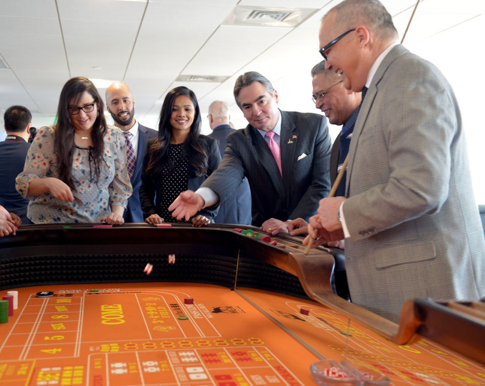 Blackjack launched with fanfare in Rockland