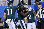 Philadelphia Eagles return to form in 34-13 blowout win over New York Giants