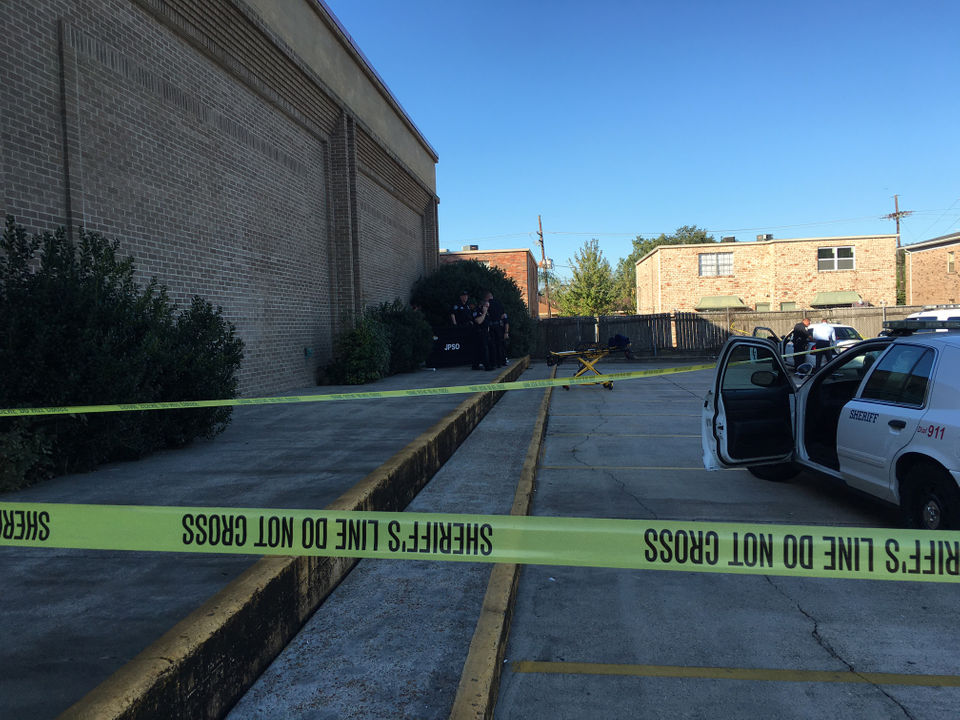 Body found next to closed Metairie business Tuesday morning