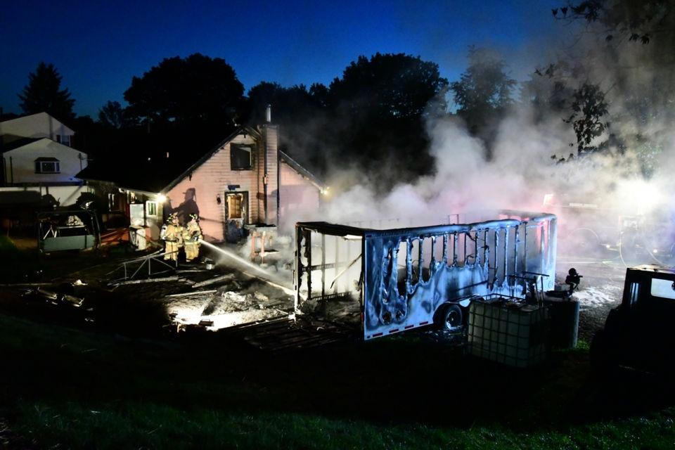 Fire Damages Garage Trailer In Glen Gardner Nj Com