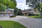 Staten Island Home of the Week: 'Unparalleled views,' country club yard, $3.7M