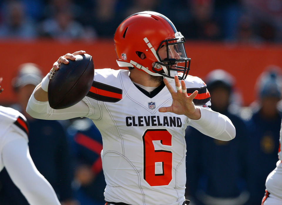 Baker Mayfield earns  F  in Cleveland Browns  blowout loss to L.A. Chargers 85754da14
