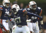 Deshaun Davis leads Auburn's defense at middle linebacker