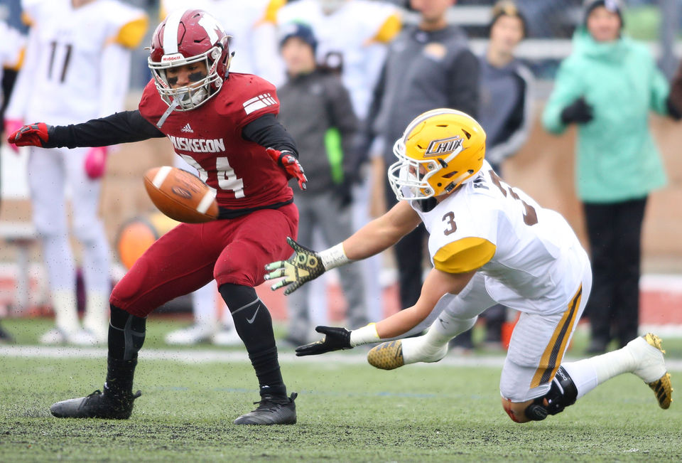 82 photos from Muskegon's semifinal win over Zeeland East