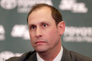 Jets' Adam Gase's bugged-out eyes steal show at introductory press conference | Social media explodes