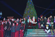 Westfield kicks-off the holiday season with Lantern Light Parade and Mayor's Tree Lighting (photos)