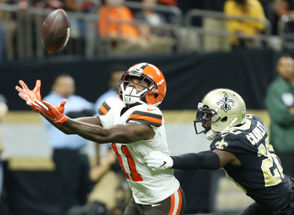 photos from the Browns-Saints game