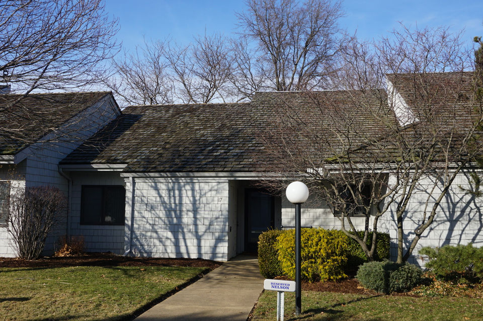 Sawmill Creek condo for $215,000: Lake Erie House of the Week