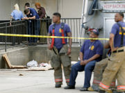 Man catches fire, dies behind vacant Chef Menteur Hwy. store; NOPD investigating as homicide