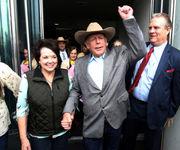 Nevada judge stands by her dismissal of Cliven Bundy standoff case