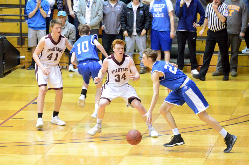 Massachusetts high school boys basketball masslive graham herricks last second free throws lead no 1 monument mountain boys basketball over no fandeluxe Image collections