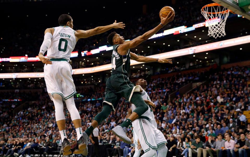 Pertandingan Daramtis Antara Celtics Dan Bucks