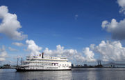 Riverboat cruise company that once promised to revive Gretna leaves unhappy customers, idle boat in its wake
