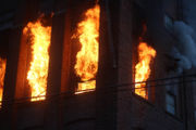Warehouse continues to burn after more than 12 hours (PHOTOS)