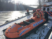 WATCH: Search crews battle ice after man reportedly jumps into Lehigh River