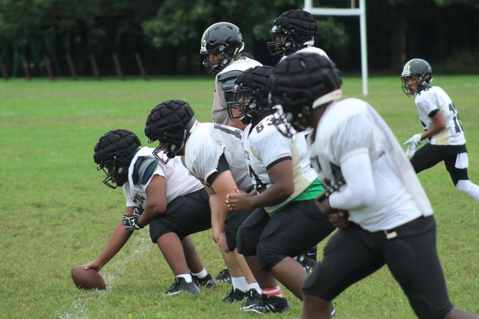 Massachusetts high school sports masslive live coverage week 2 of western mass high school football fandeluxe Gallery