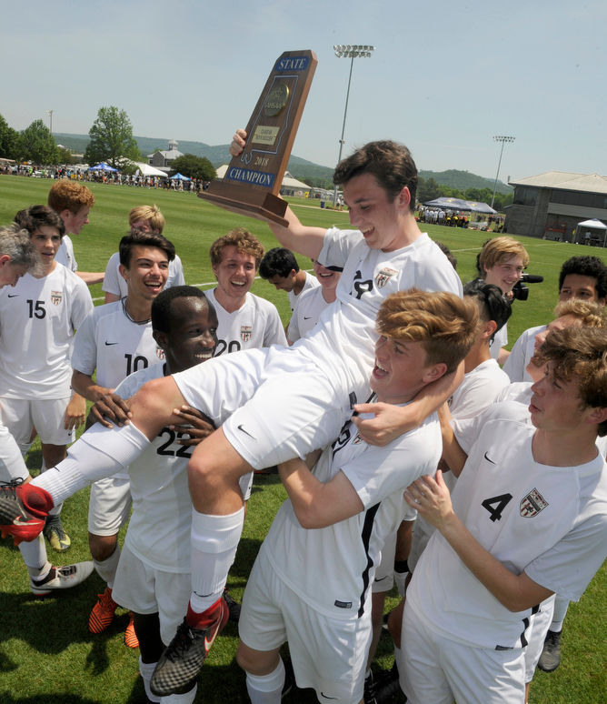 High school sports high school boys soccer al homewood 3 fort payne 0 patriots cap unbeaten season with 6a title fandeluxe Choice Image