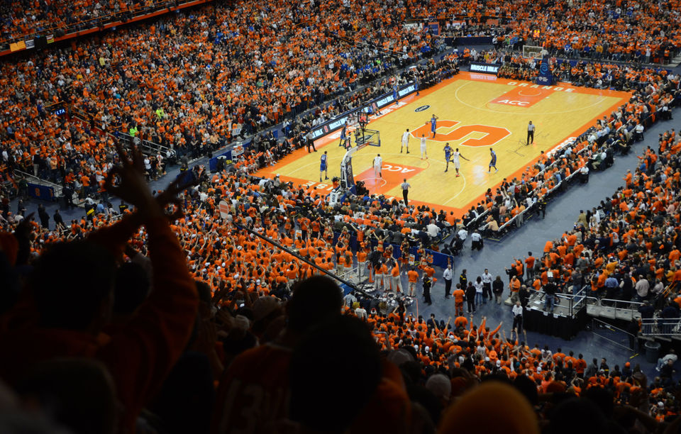 A Look At The Top 20 Syracuse Basketball Crowds In Carrier Dome
