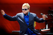 These are Elton John's 5 most memorable Oregon shows since he told us he'd never leave us hanging