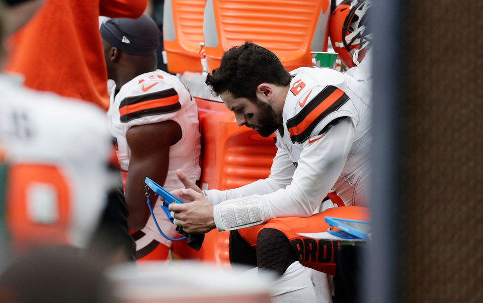 164ce21a08e Baker Mayfield earns D in Cleveland Browns  loss at Houston Texans  DMan s  QB Report