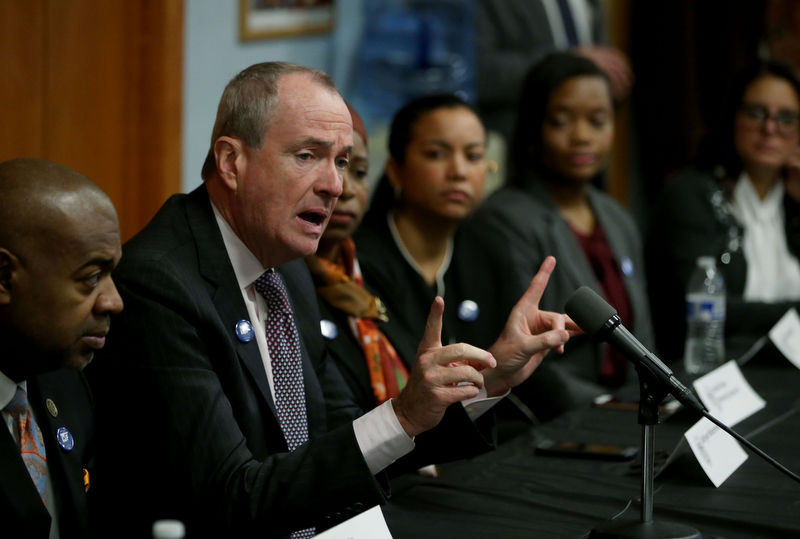 Murphy says he will accept $175K salary as governor