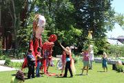 Desfile de Marionetas Gigantes y Unificación por la tierra