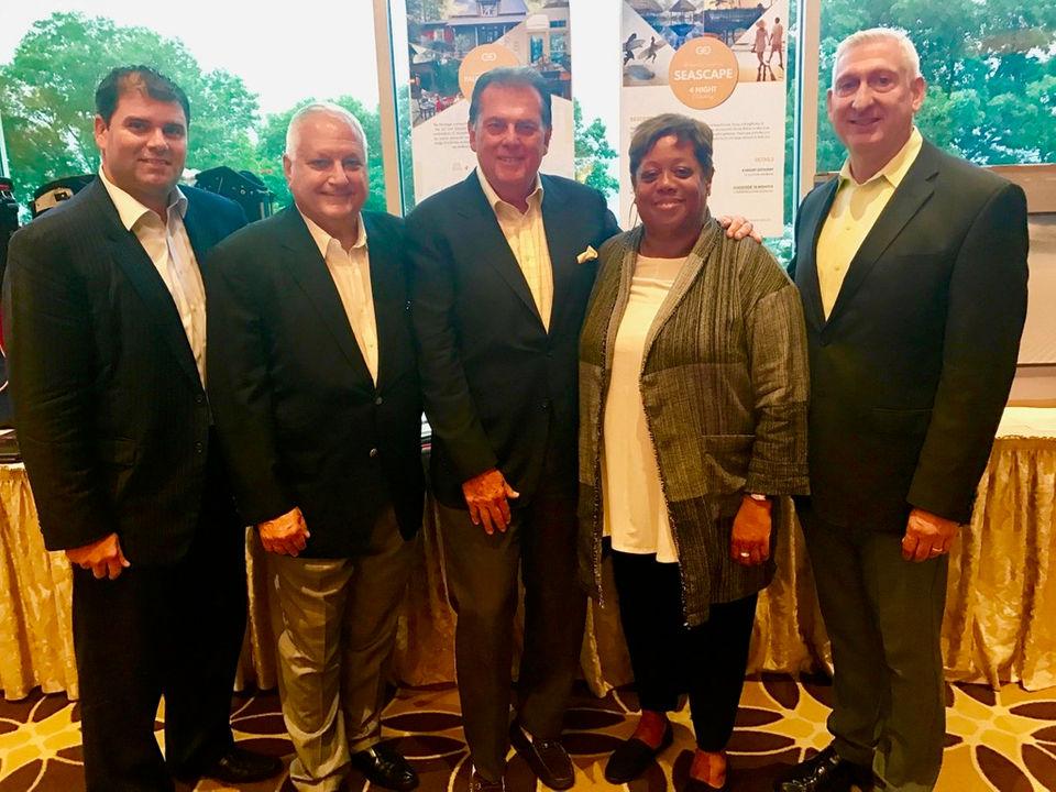 Staten Island Nightlife: Samaritan Daytop Golf & Bocce Outing honors Advance editor