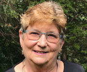 Lynn Griesemer unanimously elected Amherst Town Council president