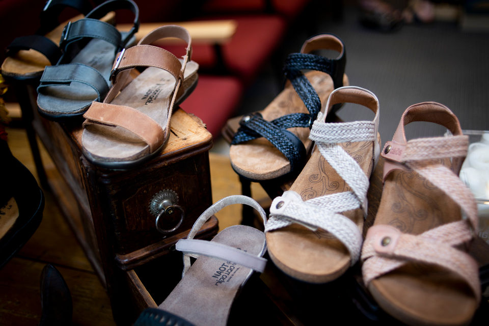 Mast Shoes expands into next-door space at Westgate Shopping Center