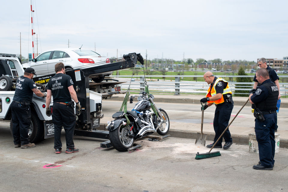 Man Dies After Motorcycle Crash On Bay City S Veterans Memorial