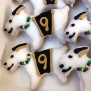 Purple, green and (black) and gold king cakes collide in Saints season
