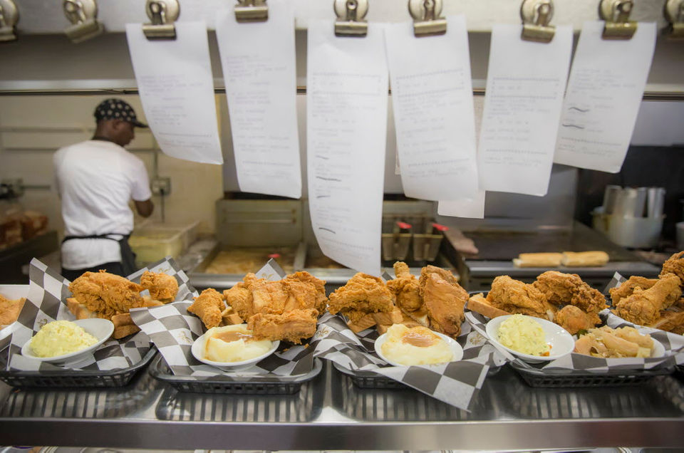 Fried Chicken Festival Look Whos Frying At The 2018 Fest In New
