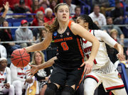 Oregon State Beavers overwhelmed by Louisville in women's NCAA Tournament Elite 8