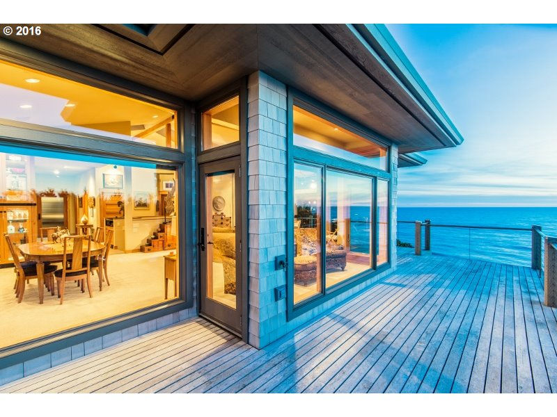 On the market: Oregon beach homes, some crazy expensive (photos)
