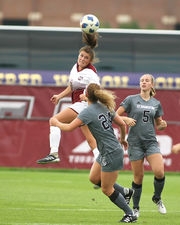 UMass women's soccer wins 7th straight off 1-0 victory over St. Bonaventure